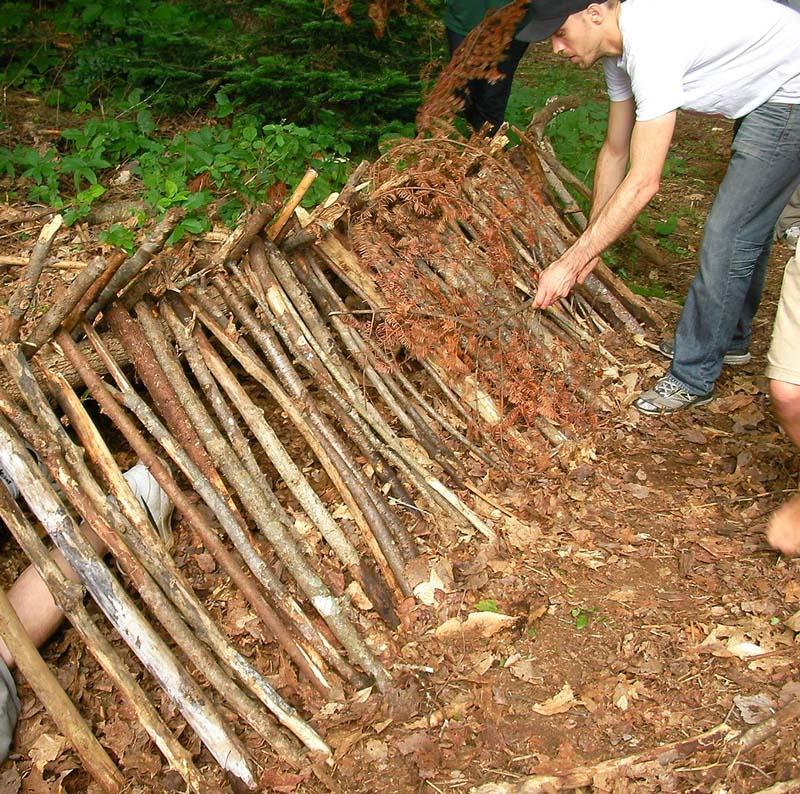 shelter-tim-primitive-skills-2